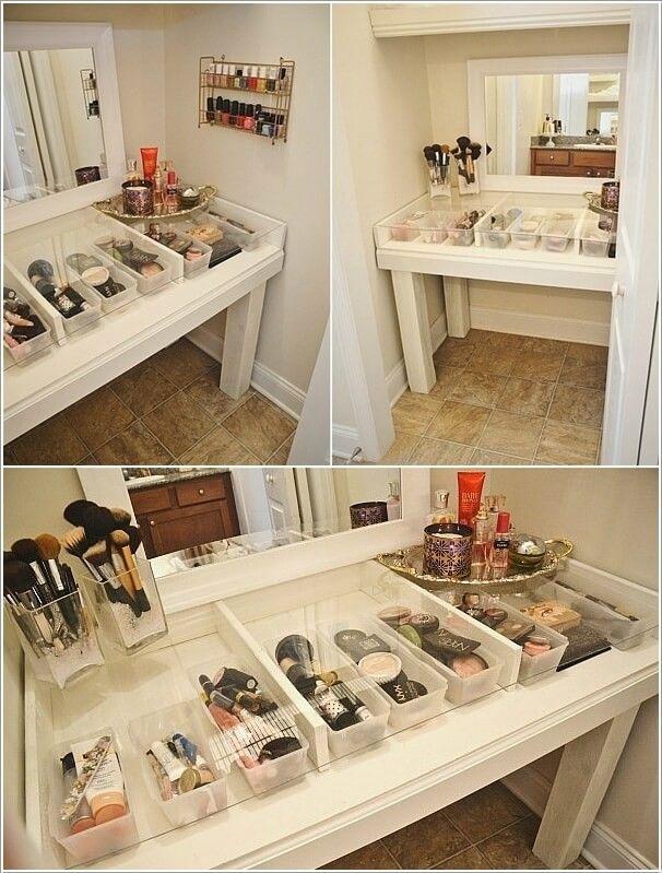 10 Cool Diy Makeup Vanity Table Ideas From Unique Makeup Vanities Source Amazinginteriordesign C Diy Makeup Vanity Table Makeup Table Vanity Diy Makeup Vanity
