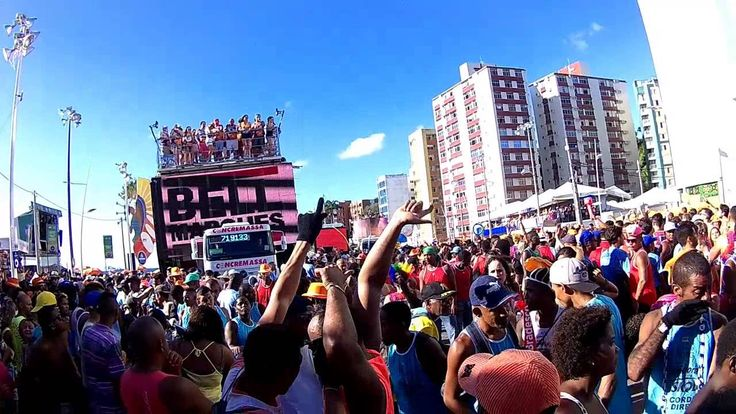 BELL MARQUES NO FAROL DA BARRA VUM BORA A AMAR 06 02 2016 CARNAVAL DE SA...