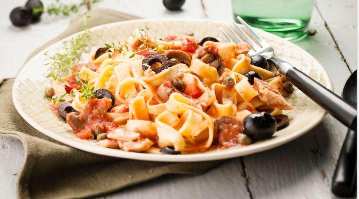 Un piatto di pasta facile e veloce, gli spaghetti al tonno sono un salva cena ideale per una spaghettata tra amici, un piatto base che piace sempre! La ricetta Cookeo è veloce in quanto in 2 minuti avrete le vostre Tagliatelle pronte . Buona Ricetta!   ##bestoftheday ##delicious ##eat ##eating ##foodart ##foodgasm ##foodpic ##igers ##instadaily ##instagood ##instalike ##photooftheday ##picoftheday ##tasty ##yum #cookeo #cookeoaddict #cookeocooking4me #cookeorecipes #moulin