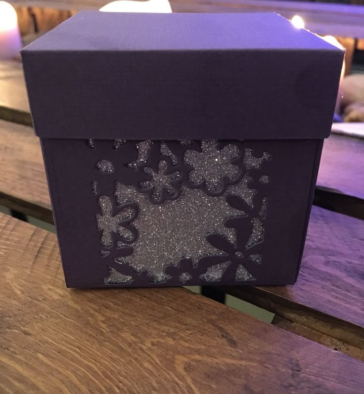 x10 Favour Boxes with flower detail by ShowstopperEvents on Etsy