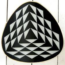 """Résultat de recherche d'images pour """"table motif géométrique"""""""