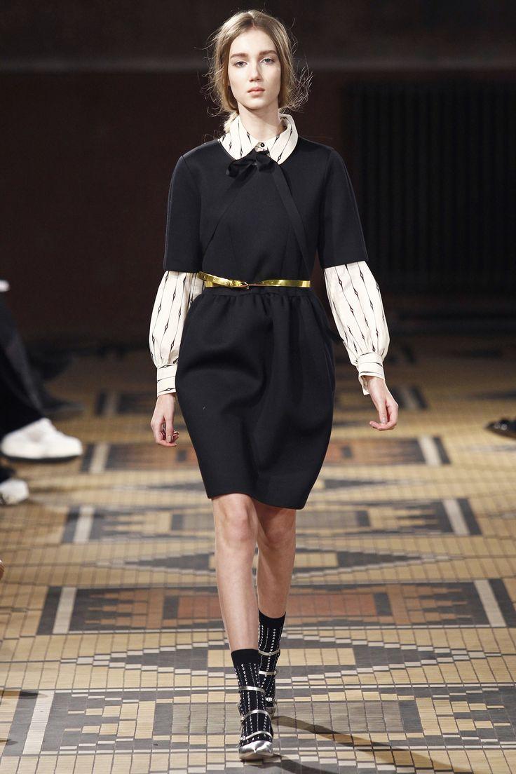 Модні сукні осені 2016  6 трендів сезону (фото) - Жіночий журнал ... 29a8898cbeeaf
