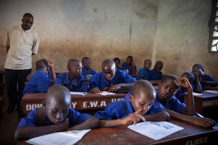 Fernando Moleres and the Empathic Eye in Sierra Leone - LightBox