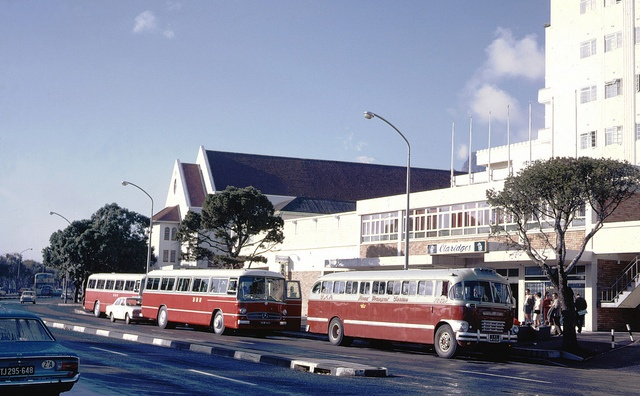 Claridges Hotel,Green Point 1969 where Cape Royale is now!