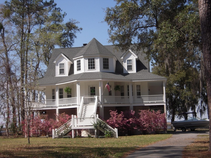 Southern style home with wrap around porch home sweet for Southern homes with porches