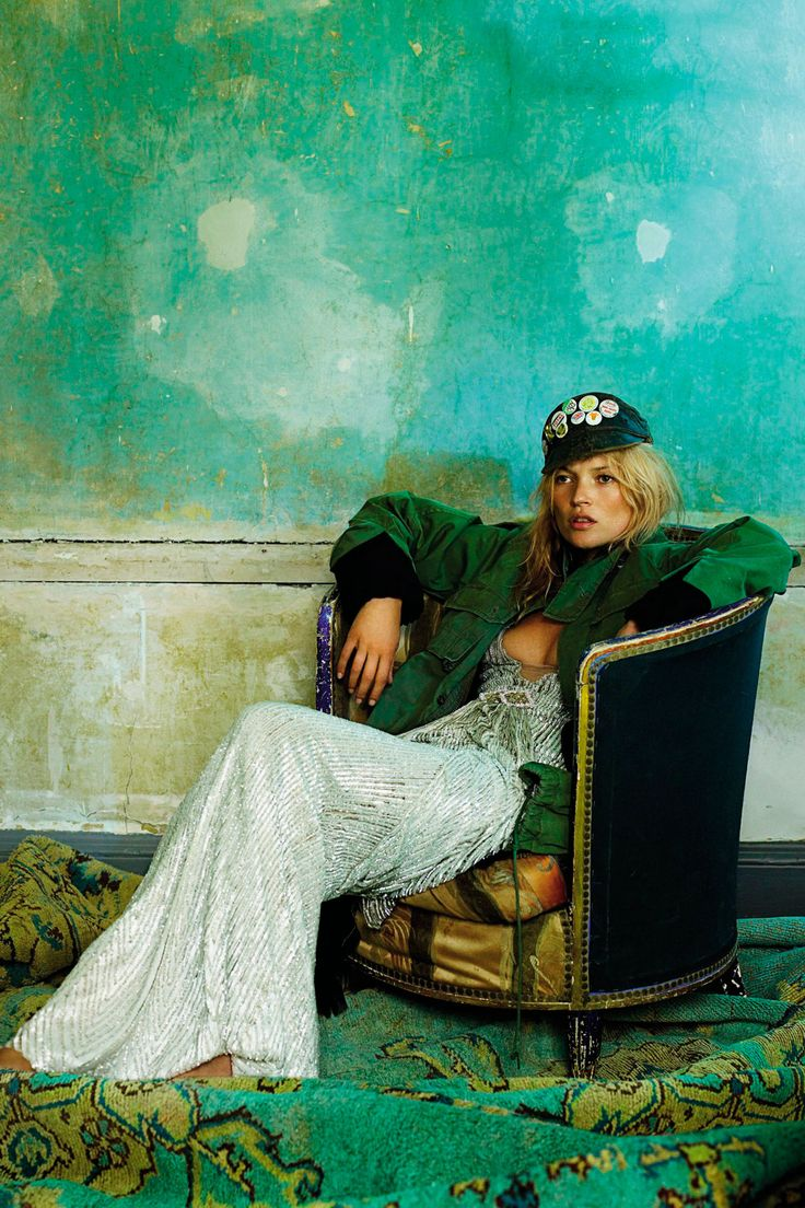 INSPIRATION | Kate Moss wearing a khaki parka over a sequinned evening dress, with a military cap by Mario Testino | @styleminimalism