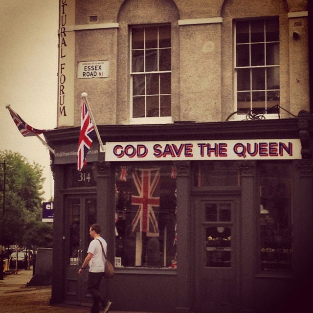 Essex rd - god save queen