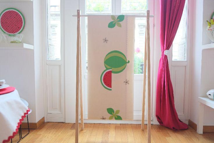 Anguria, menta e gelsomino: pre-collezione estiva 2014 #Centrotavola #Milano. Tovaglia con anguria ricamata a mano. Tablecloth with watermelon handmade embroidery
