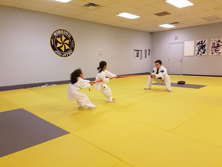 The Bully Breakthrough did an awesome job of beating Coach Peter in a game of tug-of-war!  #ursaacademy #ursakids #ribeirojiujitsu #ribeiro #kidsbjj #kidsmartialarts #annarbor #brazilianjiujitsu #jiujitsu #gi #grappling #bjj #fitkid #fitlife #umich #goblue #uofm #michigan #shoplocal #workout #puremichigan #emu #ypsi #ypsilanti #supportlocal #ursakidsbullybreakthrough #ursakidsjiujitsu #selfdefense http://misstagram.com/ipost/1545999327583021177/?code=BV0fjKHlCh5