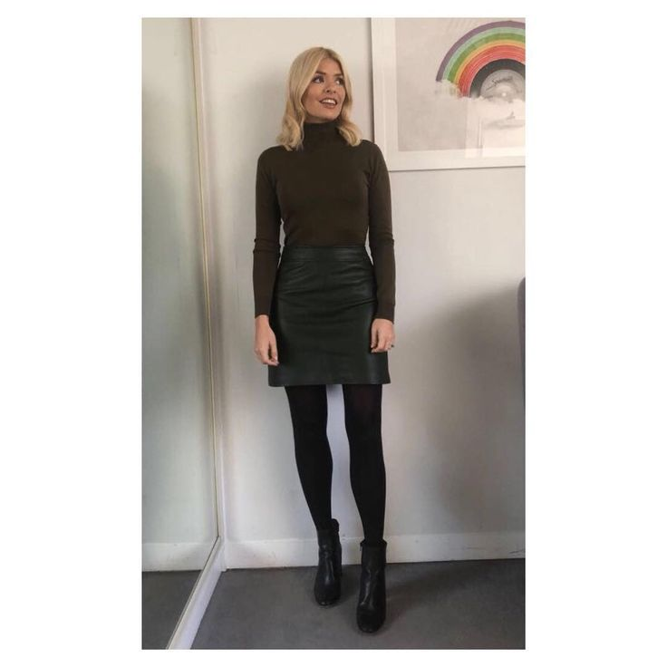 "63.3k Likes, 297 Comments - Holly Willoughby (@hollywilloughby) on Instagram: ""Good morning! Today's look on @thismorning dress by @hobbslondon boots by @jonesbootmaker #HWStyle✨"""
