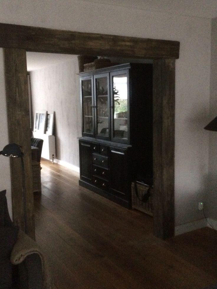 Oude houten balken doorgang www.bruinbouw.nl