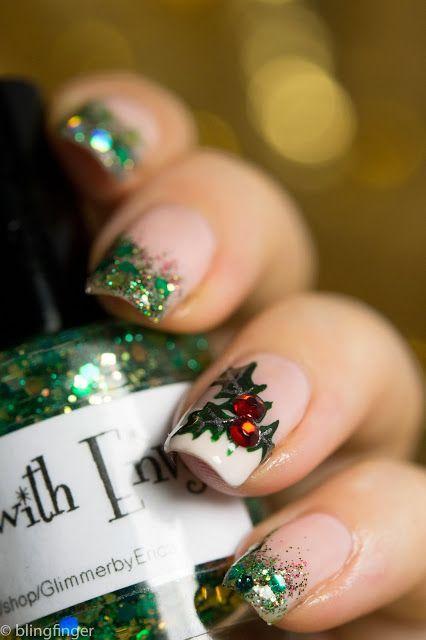 16 Festive Christmas Nail Art Ideas | Styleite