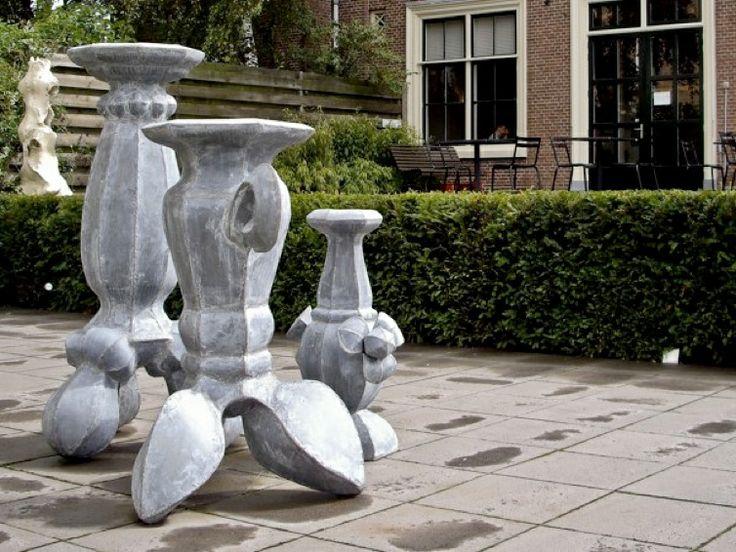 Mary Geradts: Zinken vazen Beeldentuin Galerie de Meerse Hoofddorp 2008/09