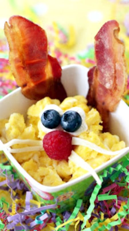 How To Make Scrambled Egg & Bacon Bunnies... Bunny Brunch