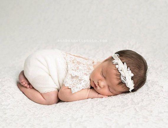 Pasgeboren Romper Prop Pasgeboren Lace door LovelyBabyPhotoProps