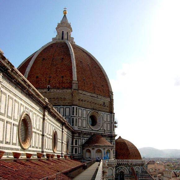 "The walk on the Florence Cathedral's ""Terrazze"" celebrates Opera di Santa Maria del Fiore anniversary and givs an extraordinary and unusual panoramic view of Florence. http://operaduomo.firenze.it/blog/posts/la-passeggiata-sulle-terrazze-della-cattedrale"