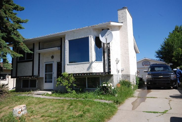 4 bed, 2 bath Bi-level in Millgrove area of Spruce Grove! Call/Text Roger Hawryluk at 780-264-8580  for details.