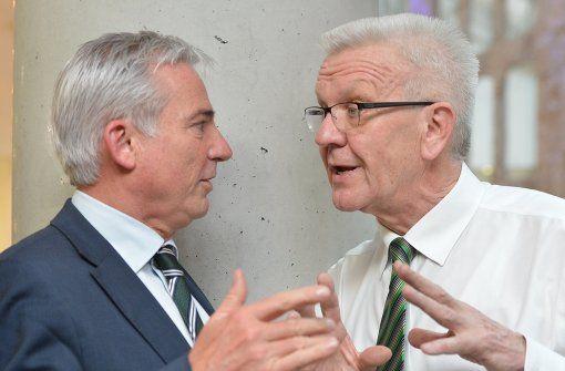 Kein Mangel an guten Ratschlägen:  Chef-Unterhändler Winfried Kretschmann (Grüne, rechts) und Thomas Strobl (CDU, links). Foto: dpa