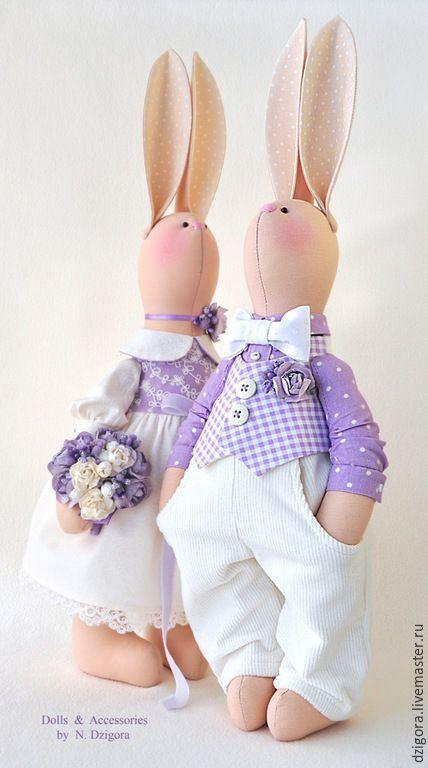 Купить Свадебные зайцы в сиреневых тонах. Подарок на свадьбу - зайцы, игрушка заяц, свадебные зайцы