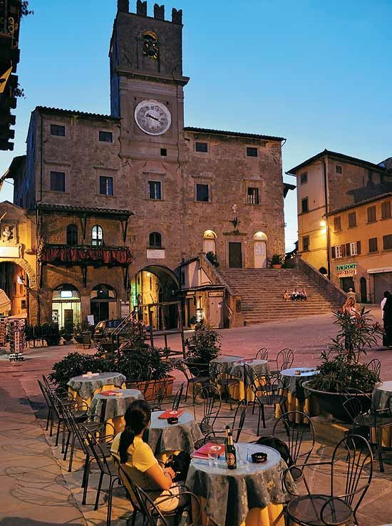 Twilight at the Piazza del Republica in Cortona, Italy