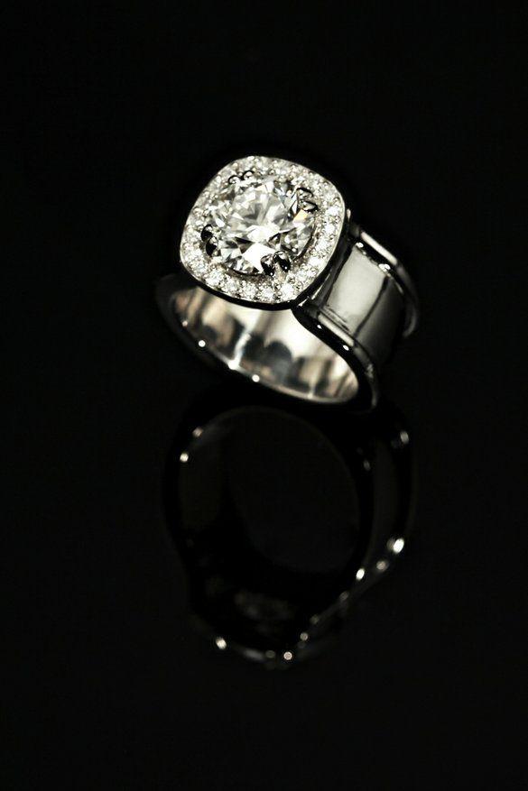 Lovely Best Unusual wedding rings ideas on Pinterest Unusual engagement rings Gemstone rings and Pink stone rings