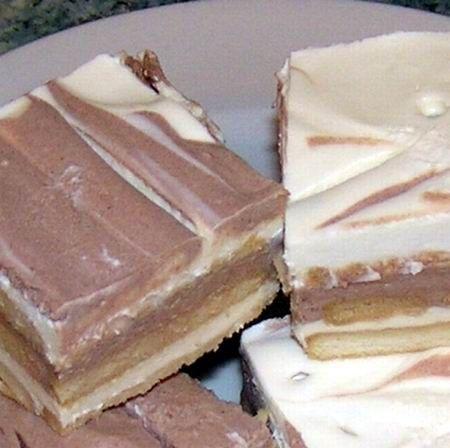 Kekszes-tejfölös süti sütés nélkül Recept képekkel -   Mindmegette.hu - Receptek