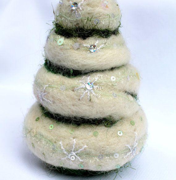 Needle Felted ornament, Handmade felt ornament, Christmas tree felt ...