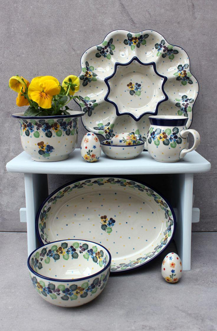 Spring with Traditional Handmade Polish Pottery from Boleslawiec . ELIMAshop.cz . ceramics . stoneware . spring decoration . original . easter . kitchen . elima . Bunzlauer Keramik .  ELIMAshop.cz , shipping worlwide . Artystyczna