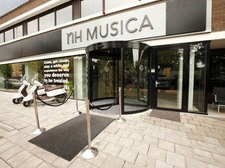 Oferta Speciala City Break Amsterdam - Hotel NH Musica 4*