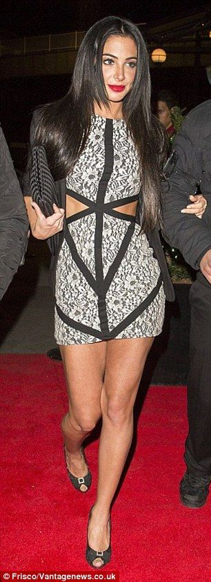 Tulisa Contostavlos ups the glamour in matching geometric separates #dailymail