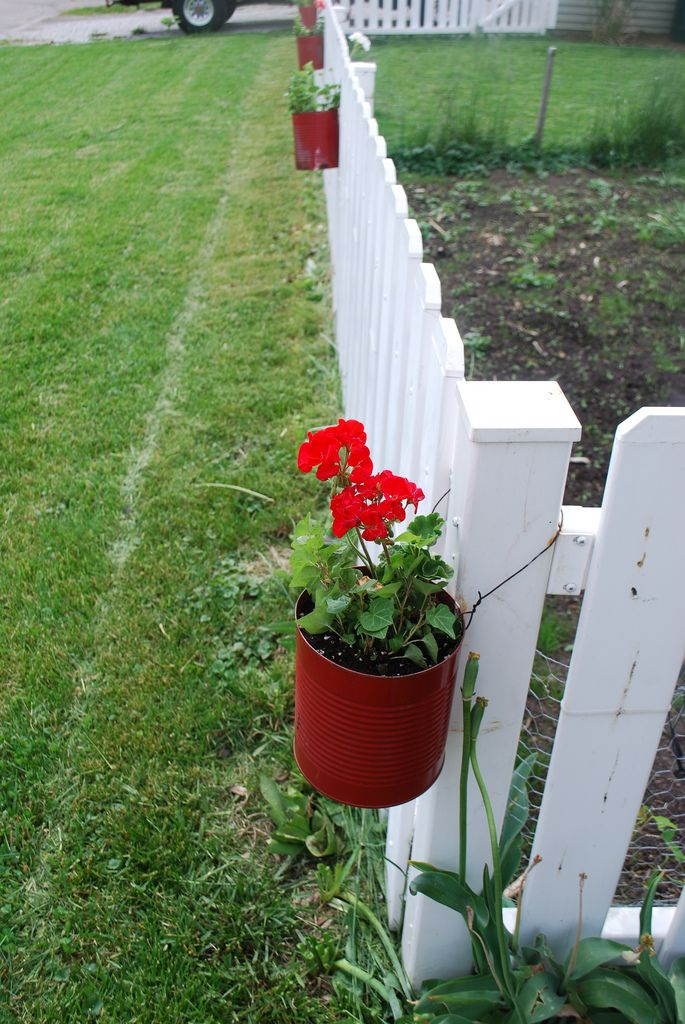 Best 25 fence planters ideas on pinterest small for Garden fence posts ideas