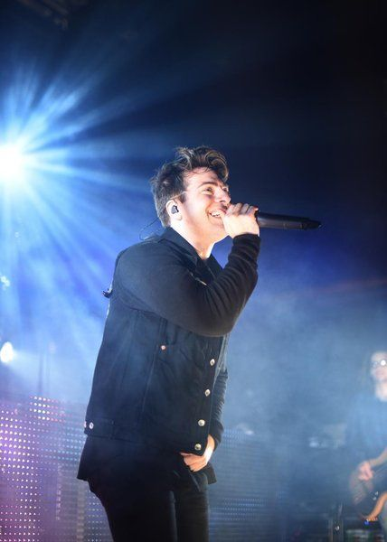 Hoodie Allen's loyalty to fans shows in his concert performance – MOVE Magazine