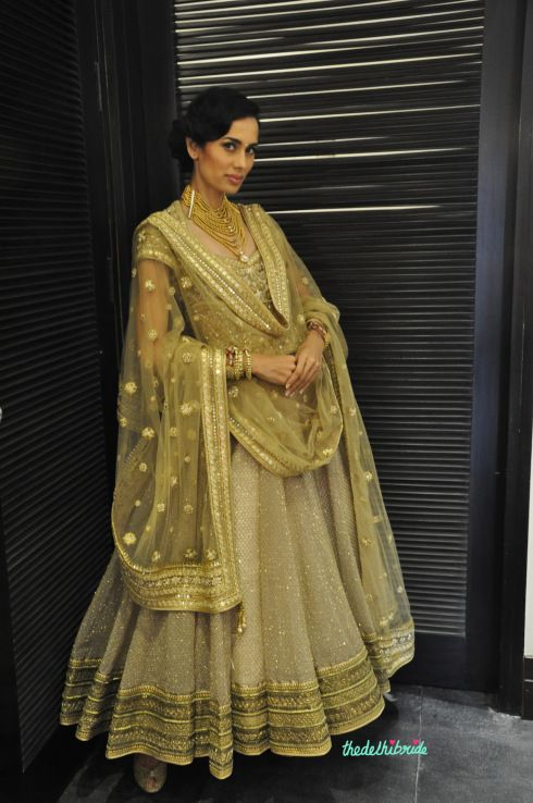 gorgeous gold anarkali Tarun Tahiliani Couture Expo 2014