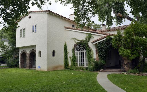 Excite News - 2 houses from 'Breaking Bad' for sale in Albuquerque