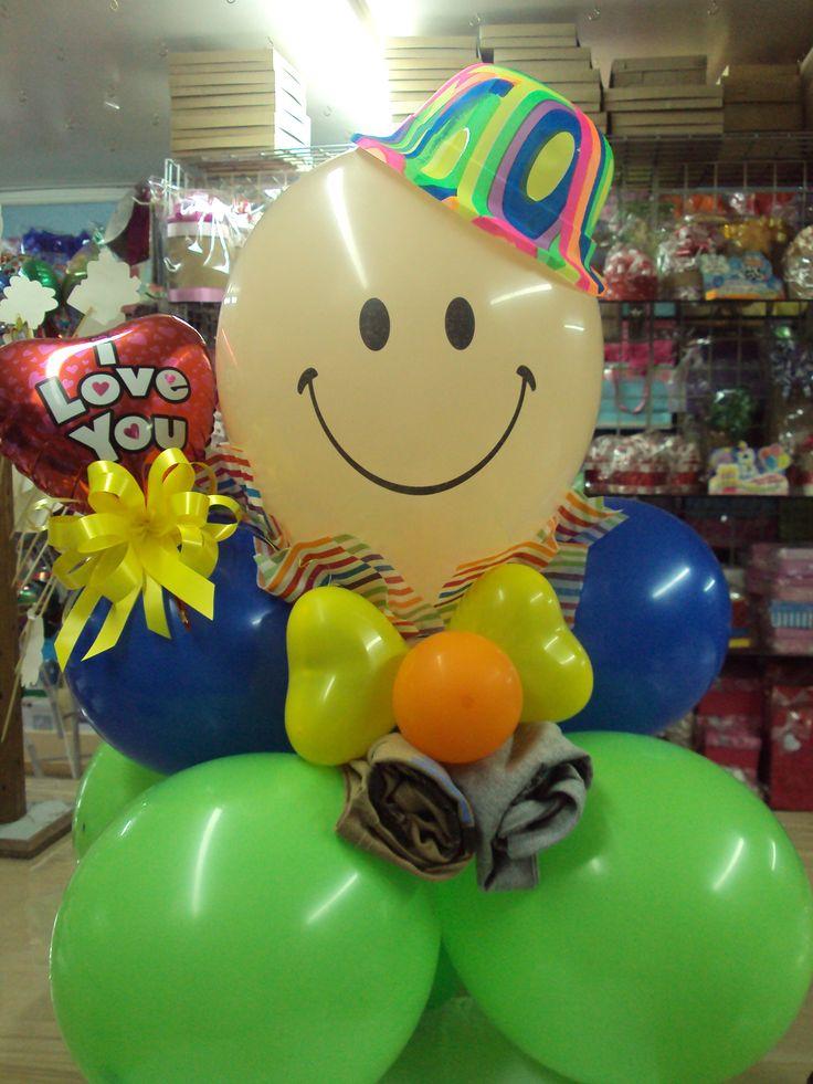 61 best images about arreglos con globos on pinterest for Decoracion de globos para hombres
