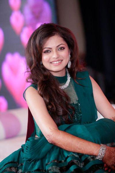 Drashti Dhami and Geet & Maan Fan