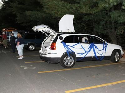 fun shark car idea for trunk or treat