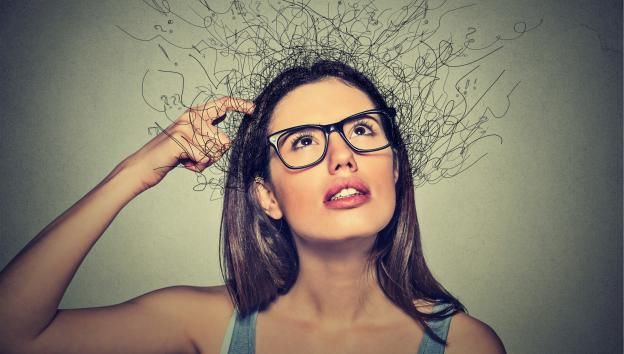 Coçando a cabeça déficit de atenção
