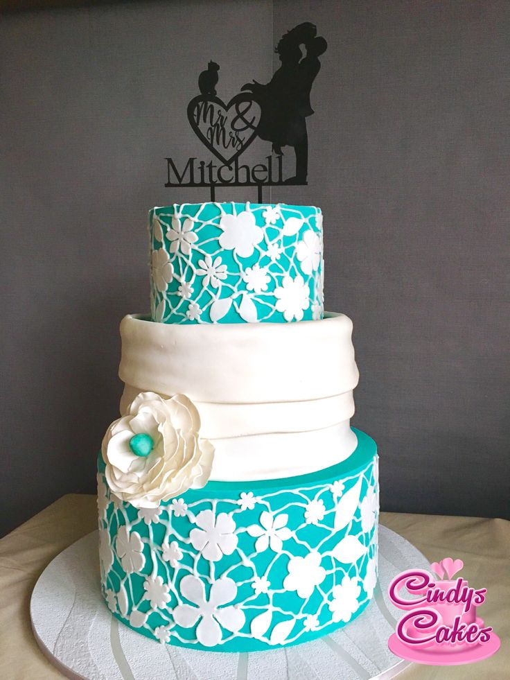 Beautiful teal wedding cake!