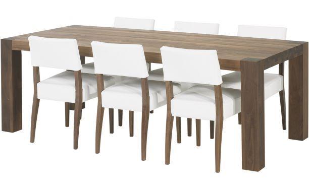 Eetkamertafel Timber past door zijn fraaie vormgeving en afmeting in vrijwel elke inrichting. Het massieve notenhout met haar mooi gevlamde ...