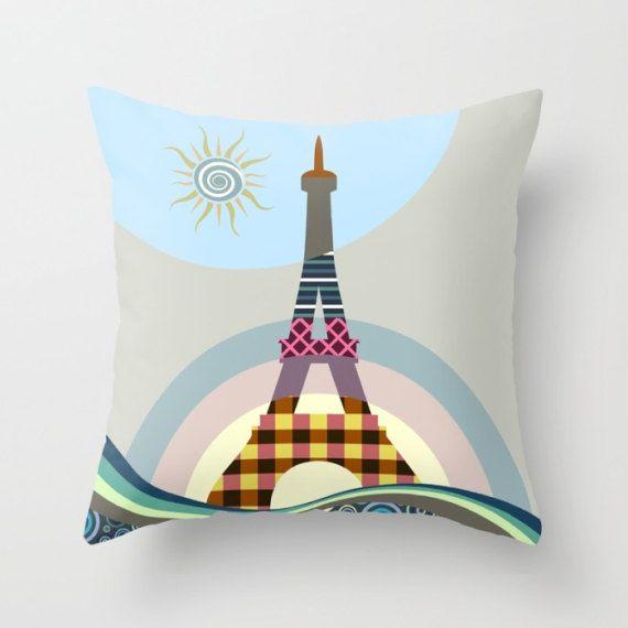 1000 ideas about eiffel tower decor on pinterest paris for Eiffel tower decorations for the home