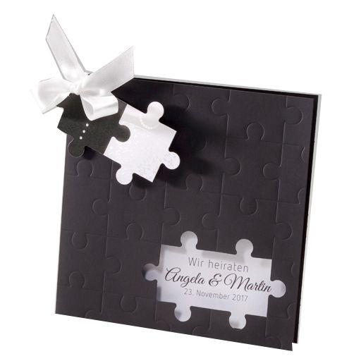 Das fehlende Puzzle zu Ihrem Glück gefunden? Dann sind diese Hochzeitseinladungen genau die richtigen für Sie.  Hergestellt wurden diese ausgefallenen Hochzeitseinladungen aus einem durchgefärbten, schwarzen Premiumkarton, der  in Form eines Puzzles aufwendig geprägt und gestanzt wurde. Online bestellen - nur bei uns! top-kartenlieferant aus Aachen