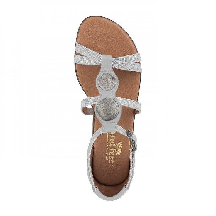 Römersandale Moa passt perfekt zu deinem Sommer Outfit! Super bequem, aus echtem Leder - der perfekte Schuh für die heißen Tage! Entdecke hier viele wietere Farben! #schuhe #sandale #sommer #leder
