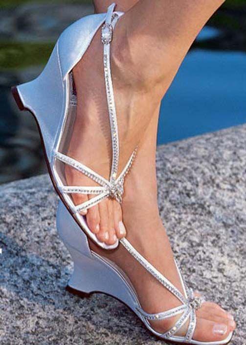 Beach Wedding Shoes As A Part Of The Active Bride