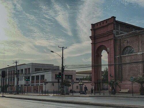 Rancagua, Iglesia San Francisco e Instituto O'higgins.