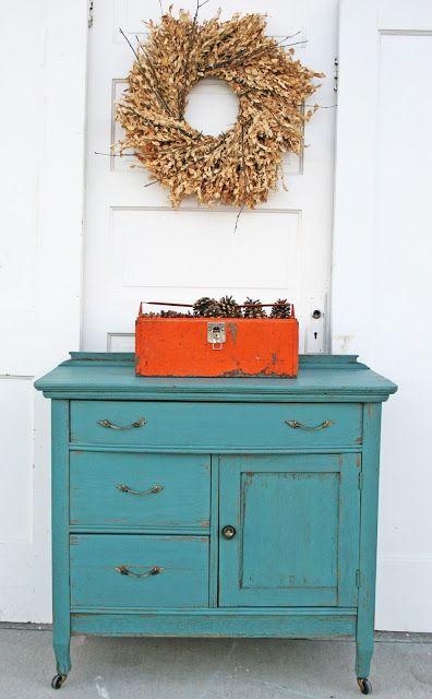 Antique Recreation: Wash Stand in Kitchen Scale MMS Milk Paint