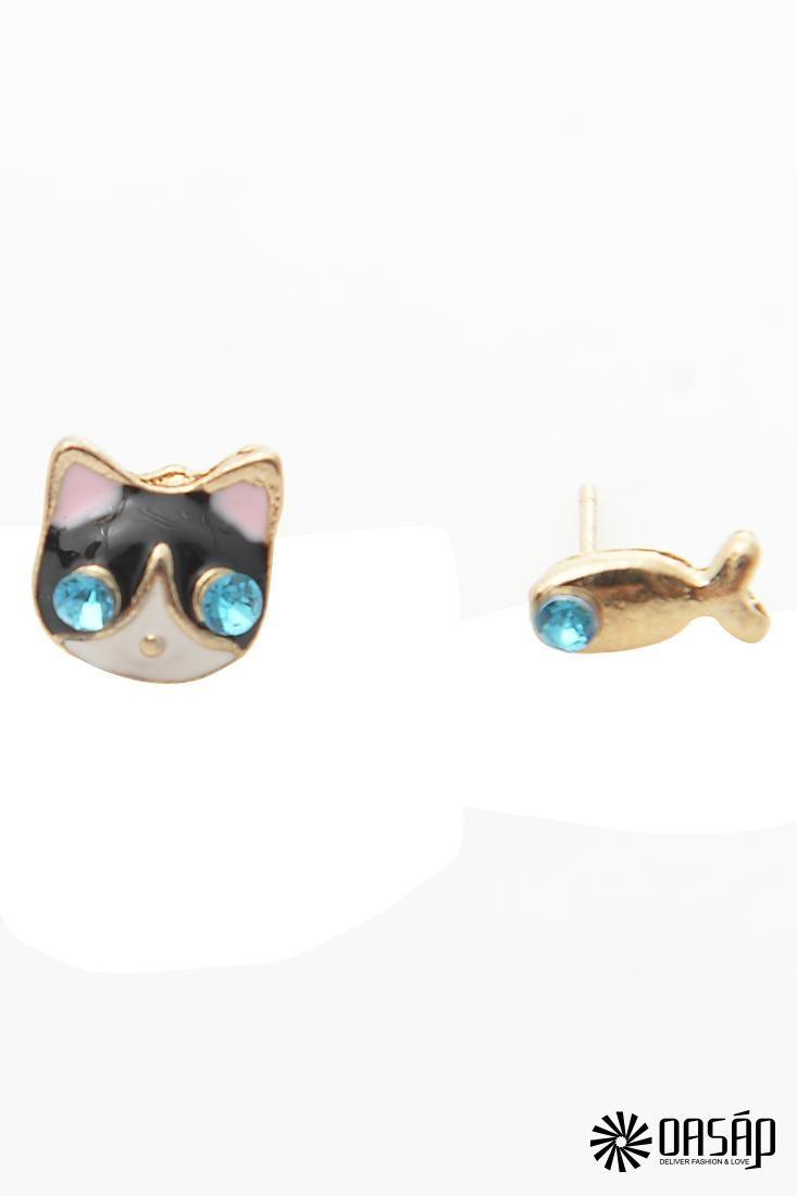 Novelty Cat and Fish Pattern Aqua Rhinestones Ornate Stud Earrings The stud earrings featuring rhinestones embellishment. Fish and cat pattern. Post back.