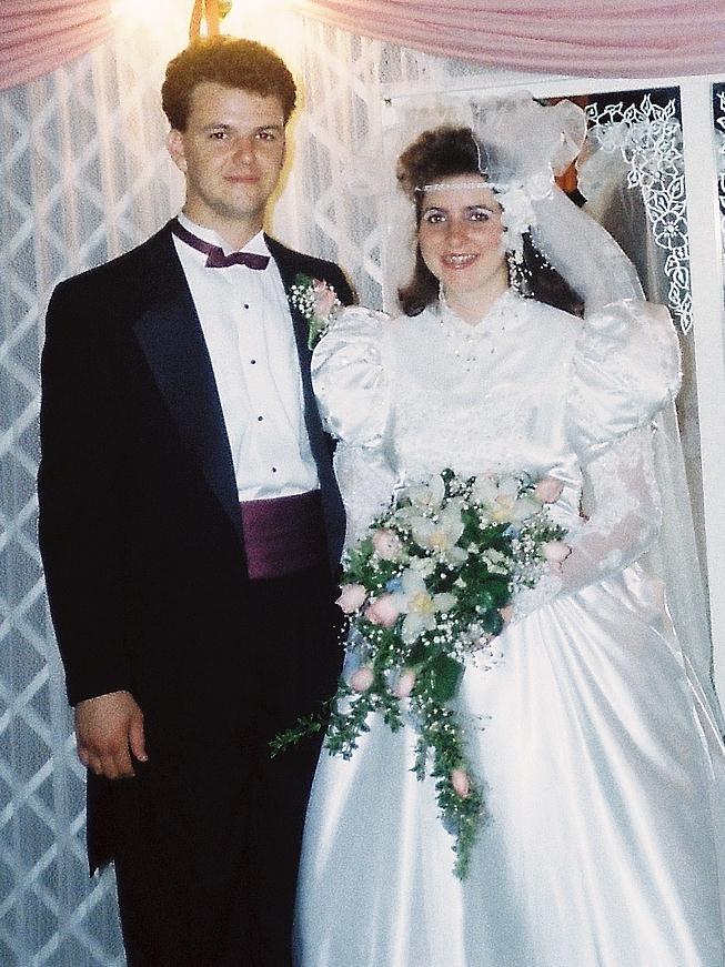 '80s Wedding Songs | POPSUGAR Entertainment