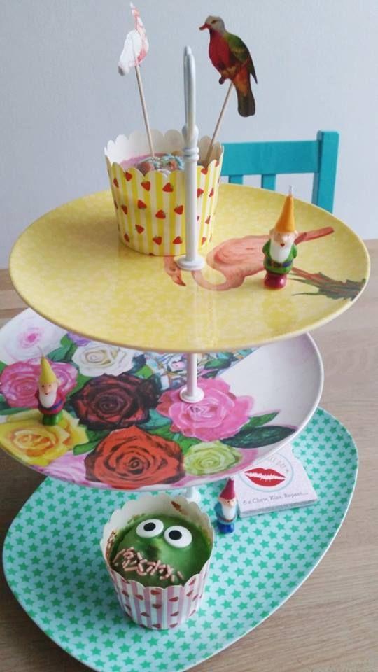 29 best images about etagere maken on pinterest dessert stand pedestal and vintage china. Black Bedroom Furniture Sets. Home Design Ideas