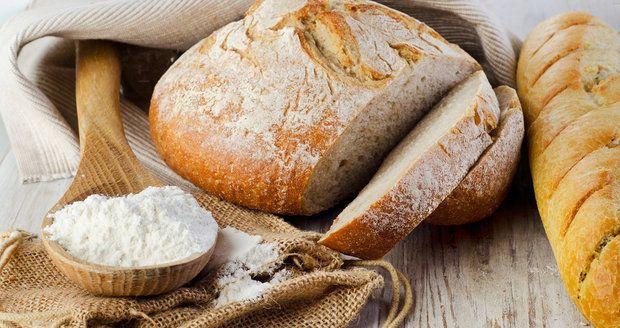 5 triků, jak upéct nejlepší domácí chleba    Více na http://recepty.blesk.cz/clanek/vareni/4179/5-triku-jak-upect-nejlepsi-domaci-chleba.html?utm_source=recepty.blesk.cz&utm_medium=copy